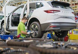 V dubnu se téměř čtyřapůlnásobně se zvýšila výroba aut.