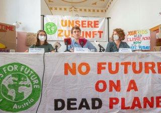 Tisková konference ke zprávě Mezivládního panelu pro změnu klimatu (IPCC) při OSN