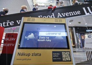 První automat na zlaté slitky v Česku stojí v OC Smíchov.
