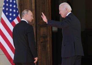 Americký prezident Joe Biden se svým ruským protějškem Vladimirem Putinem