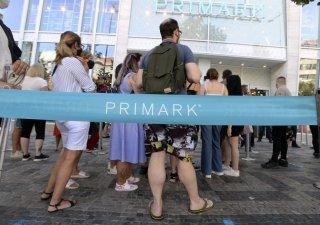 Primark otevřel prodejnu na Václaváku, první v ČR.