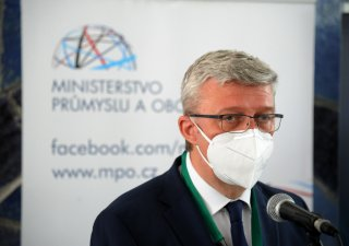 Karel Havlíček (za ANO), ministr průmyslu a obchodu a dopravy