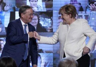 Angela Merkelová a Armin Laschet