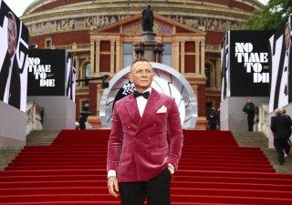 Londýnská premiéra bondovky Není čas zemřít.