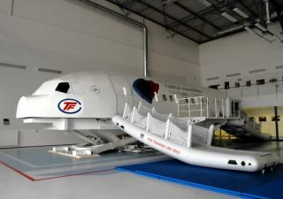 Letecké výcvikové středisko v Praze by mohla koupit malajsijská společnost Skyvax.