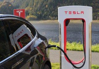 Tesla, nabíjení vozu Model X