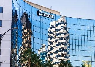 Poskytovatel videohovorů Zoom Video Communications koupí provozovatele cloudových call center Five9.