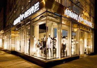 Obchod Giorgio Armani na Páté Avenue v New Yorku