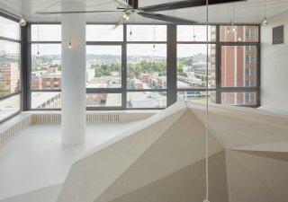 Výhled na Zlín je hlavní devízou bytu.