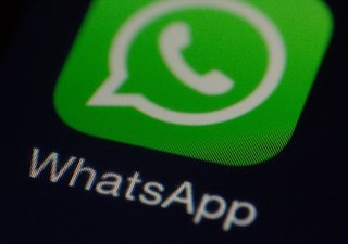 WhatsApp logo, ilustrační foto