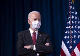 Americký prezident Joe Biden rozšířil seznam čínských firem, s nimiž Američané nesmí obchodovat.