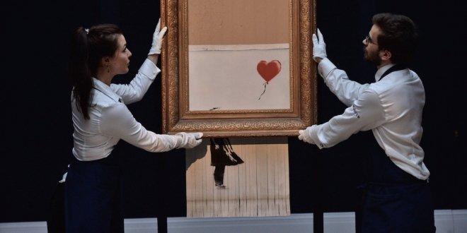 Banksyho poničené dílo jde znovu do aukce. A výrazně dražší