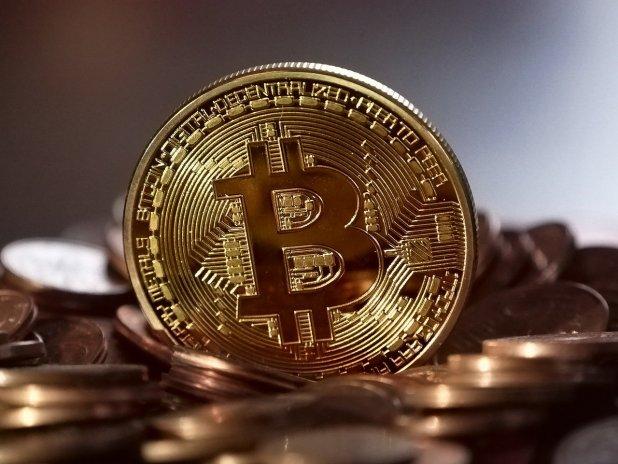 Putin podpořil kryptoměny jako legální platidlo. Cena bitcoinu roste