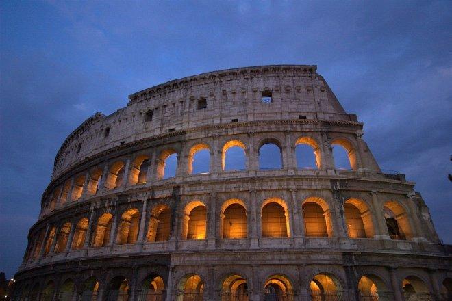 Itálie chce přilepšit státní kase prodejem Kolosea, tedy jeho digitální podoby
