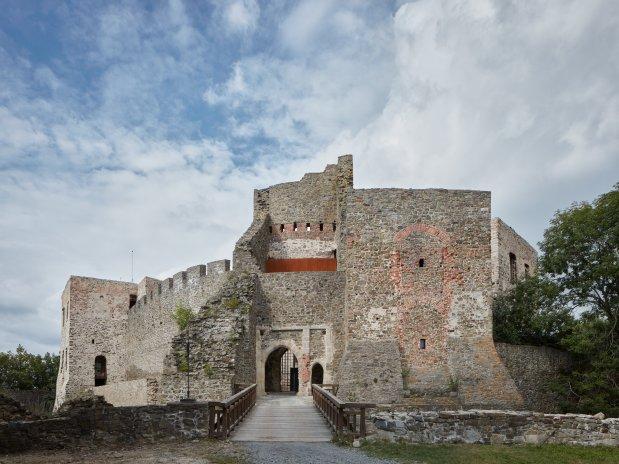 Rekonstrukce hradu Helfštýn na Přerovsku zaujala i v zahraničí