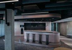 Kanceláře technologické firmy Livesport navrhlo architektonické studio Reaktor.