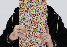 Legendární britský umělec Damien Hirst s nejnovějším uměleckým dílem.
