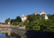 Po více než dvou letech končí obnova zásadní části areálu Sázavského kláštera, která probíhala podle návrhu architektů ze Studia acht.