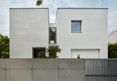 Rodinný dům na Praze 4 navrhlo pražské architektonické studio SOA architekti.